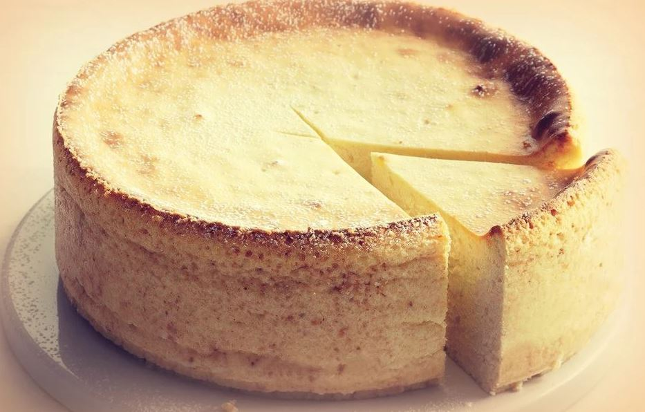 עוגת גבינה אפוייה