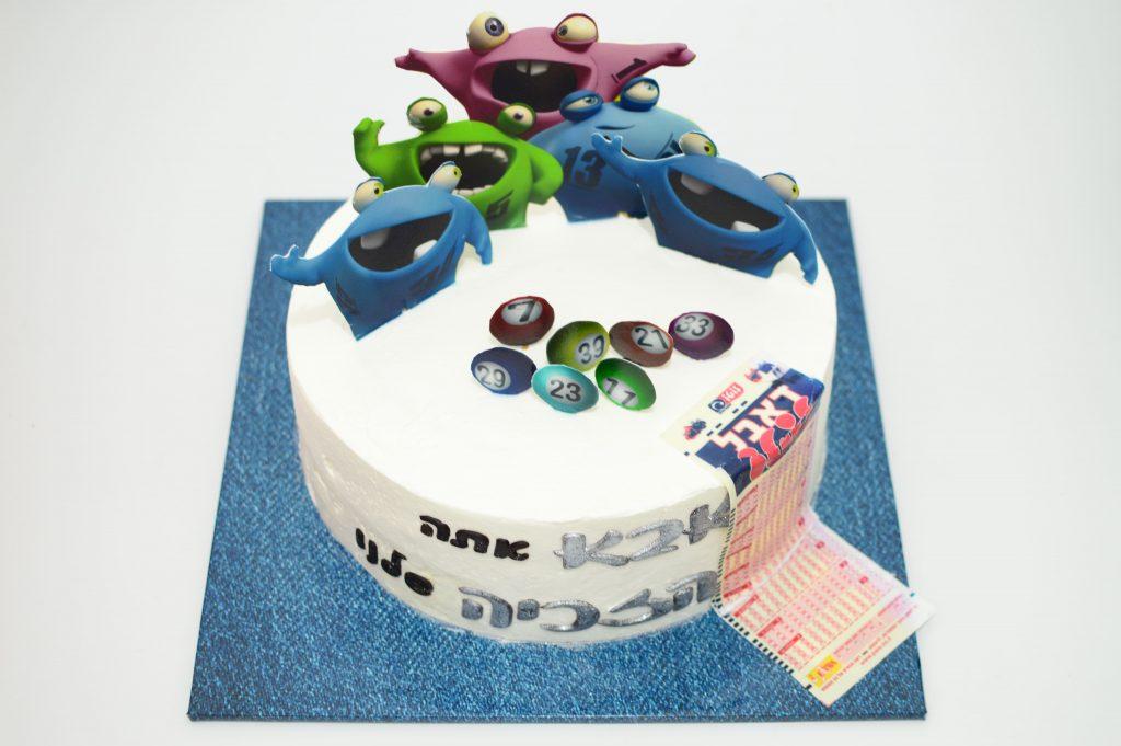 עוגה מעוצבת ליום הולדת לוטו