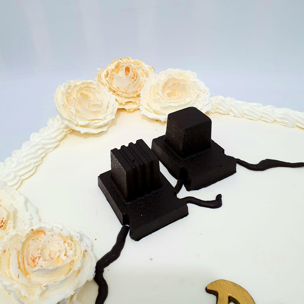 עוגה מרובעת לגיל מצוות